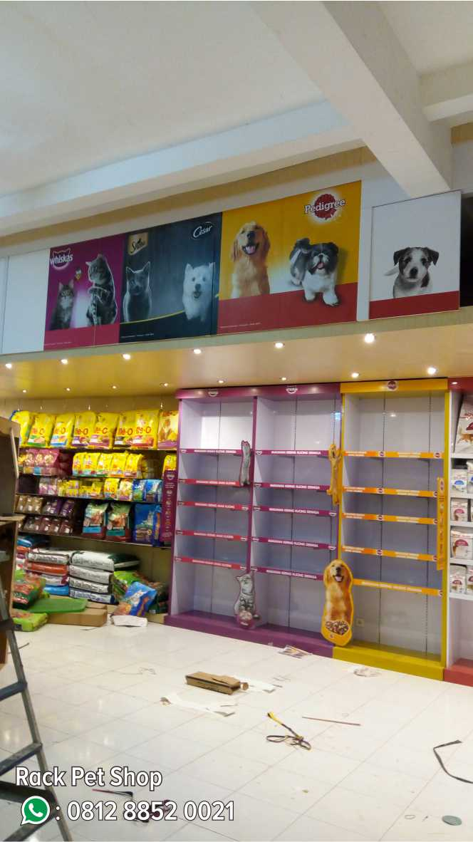 13. Rack Pet Shop
