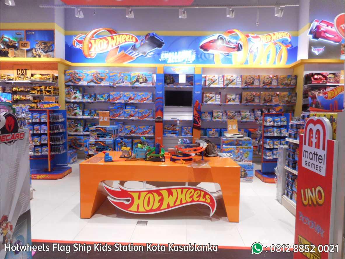37. Hot Wheels Flag Ship Kids Station Kota Kasablanka